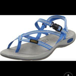 Keen La Paz sandal size 9